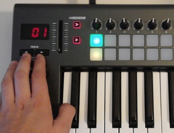 How to control multiple virtual instruments with the